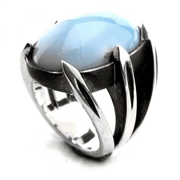 Bague créateur chevalière mixte 6 griffes pointues pierre calcite bleue argent