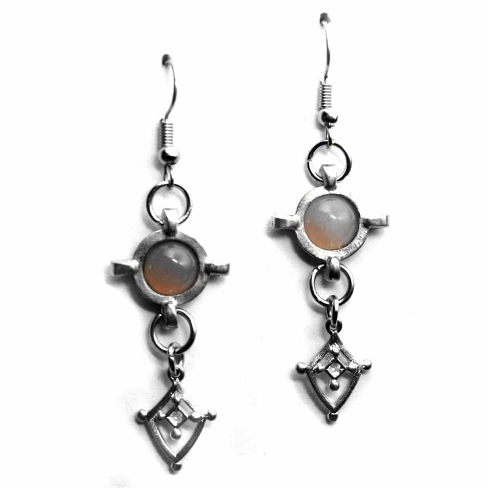 Boucles d'oreilles fantaisie style médiéval étain pierre naturelle