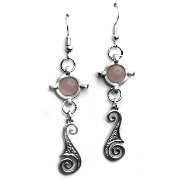 Boucles d'oreilles fantaisie style médiéval étain quartz rose