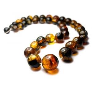 Collier ambres naturelles Mexique 60cm 39 perles rondes 12 à 22mm nuances jaune vert_AMB_COL_003_001