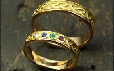 Duo d'alliances homme femme art celte avec pierres précieuses