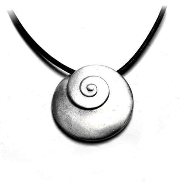 Pendentif spirale ronde oeil de Sainte-Lucie étain brossé