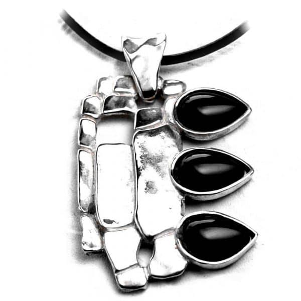 Pendentif contemporain création argent pierres naturelles agate noire